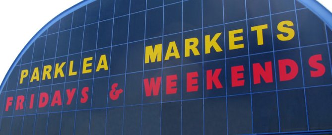 This is a picture of Parklea Market, it now advertising that it is open Friday and weekends.